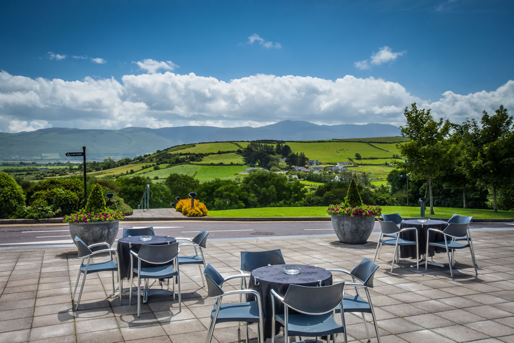 Ballyroe Heights Hotel Mountain View
