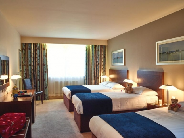 Ballyroe Heights Hotel Bedroom 2