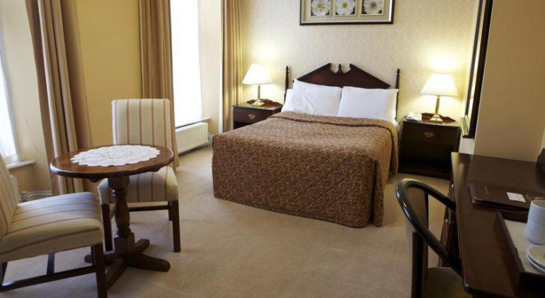 imperial hotel tralee bedroom 2