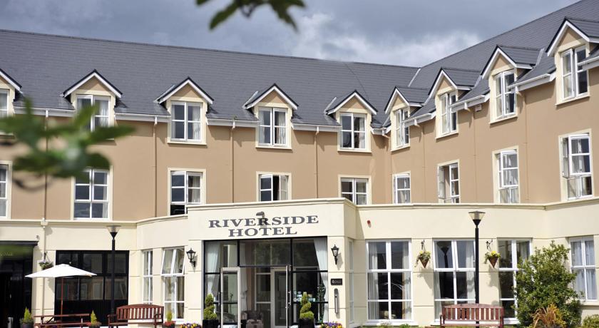 Riverside Hotel Killarney front