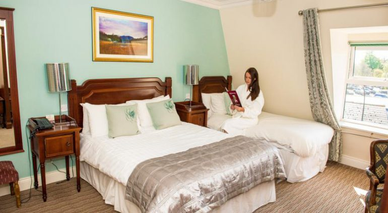 McSweeney Arms Hotel Killarney bedroom 2
