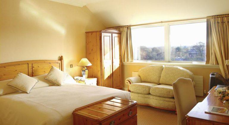Brandon Hotel Tralee bedroom
