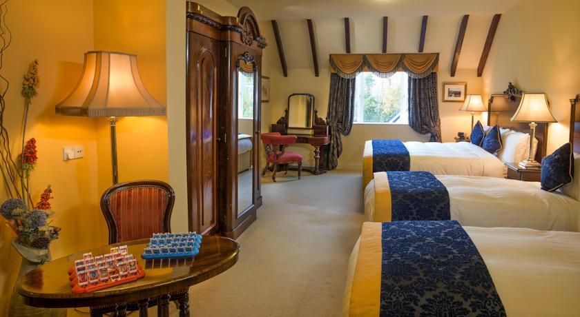 Earls Court Hotel Killarney 4 Star On Muckross Road