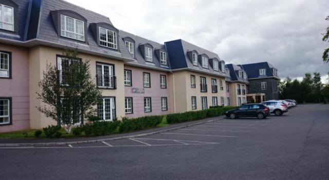 Travel Inn Killarney Exterior