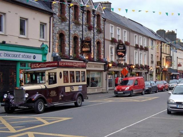 High Street Killarney