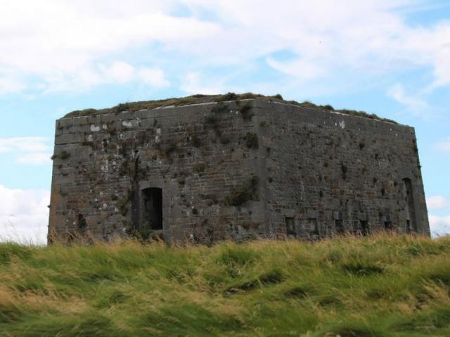 Napoleonic Battery Fortress Carrig Island