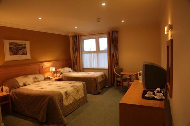 Ostán Ceann Sibéal Bedroom