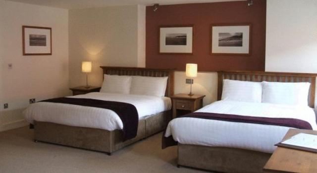 Coachmans Kenmare Bedroom