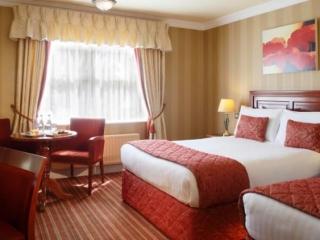 Dingle Skellig Hotel Bedroom 2