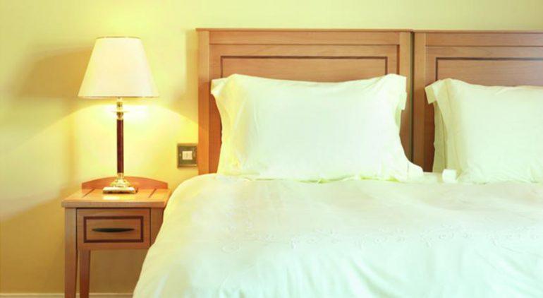 Lansdowne Arms Kenmare Bed