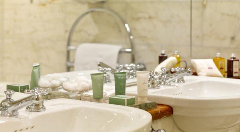 Park Hotel Kenmare Bathroom
