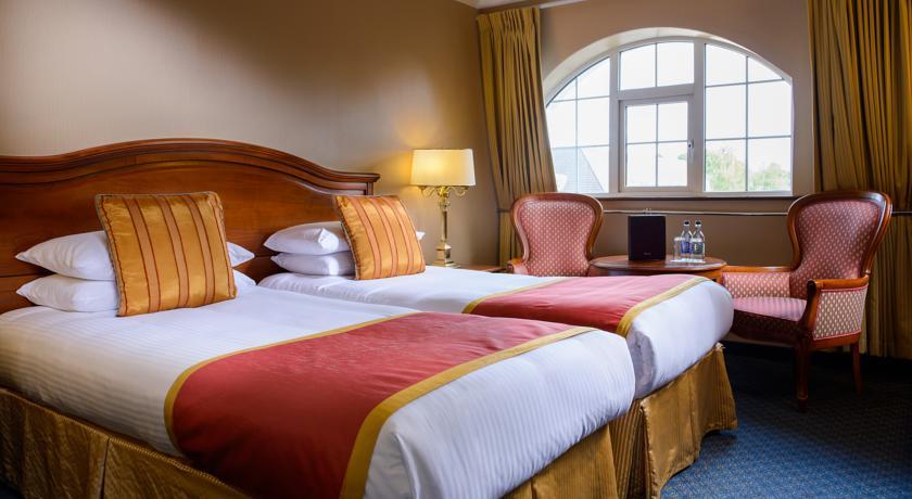 River Island Hotel Castleisland Bedroom 2