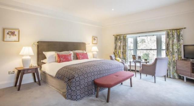 Sheen Falls Lodge Kenmare Bedroom 3