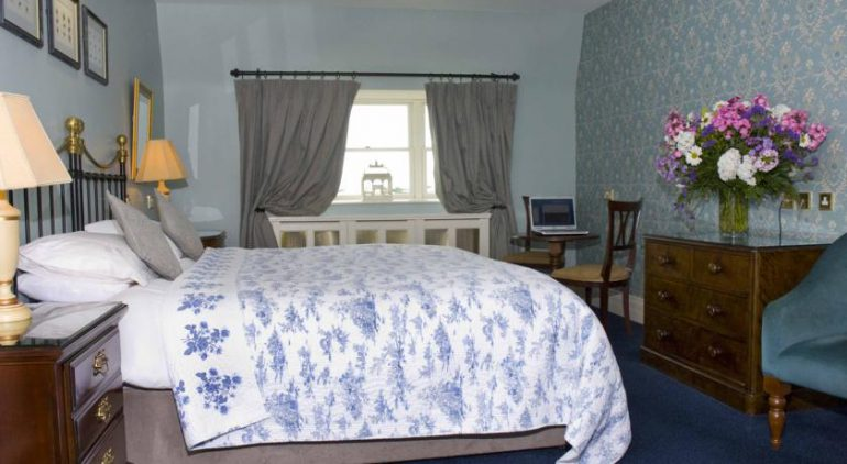Listowel Arms Hotel bedroom 2