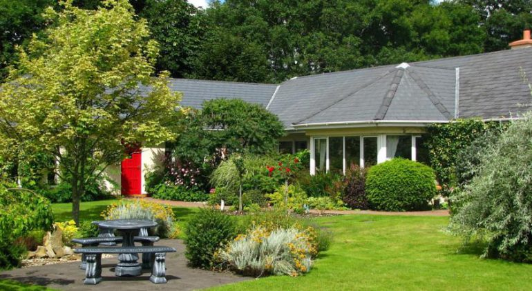 Applecroft House Killarney Bed and Breakfast