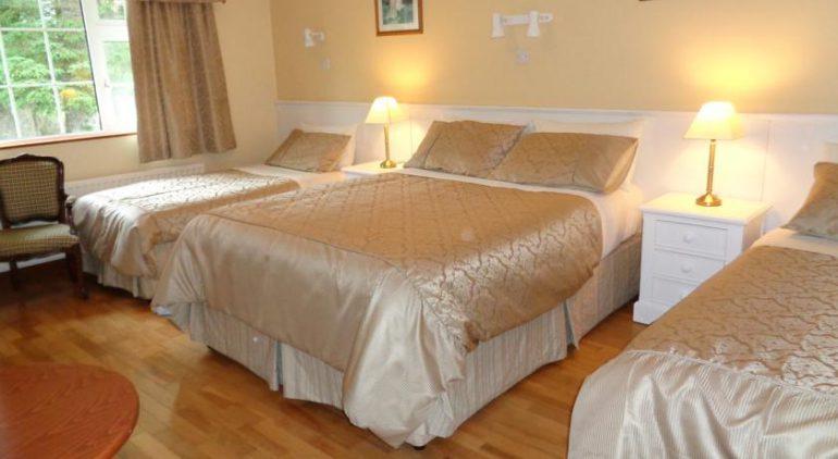 Redwood B&B Killarney Bedroom