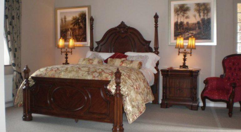 Crystal Springs Bed and Breakfast Killarney bedroom