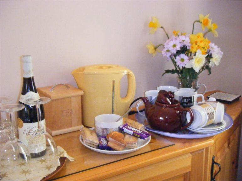 Ashfield Kenmare Bed and Breakfast tea-coffee