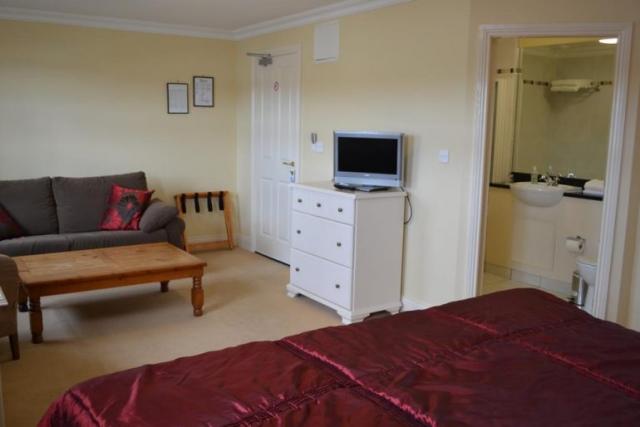 The Moorings Portmagee Double bedroom