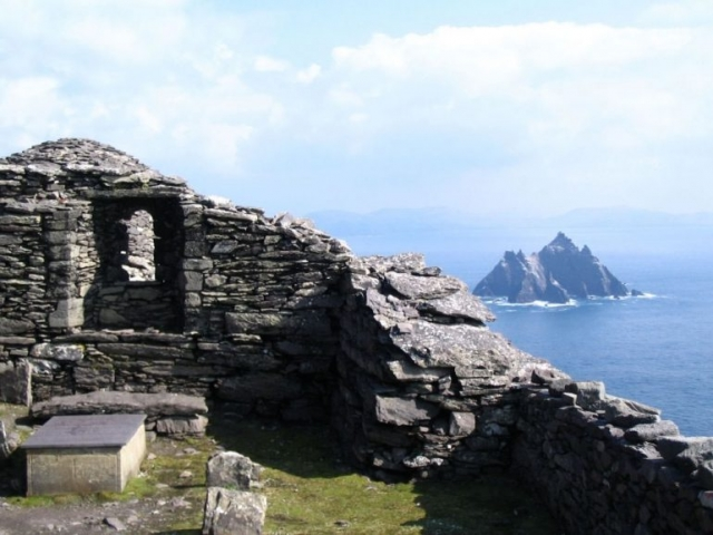 skellig michael 6th century monastery