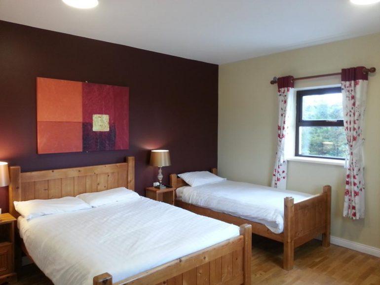 Kerry Ocean Lodge bedroom 3
