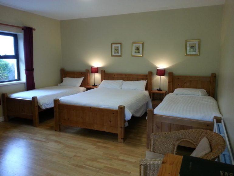 glenbeigh b&b triple bedroom