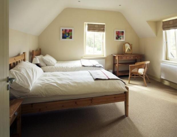 dunkerron woods bedroom 1