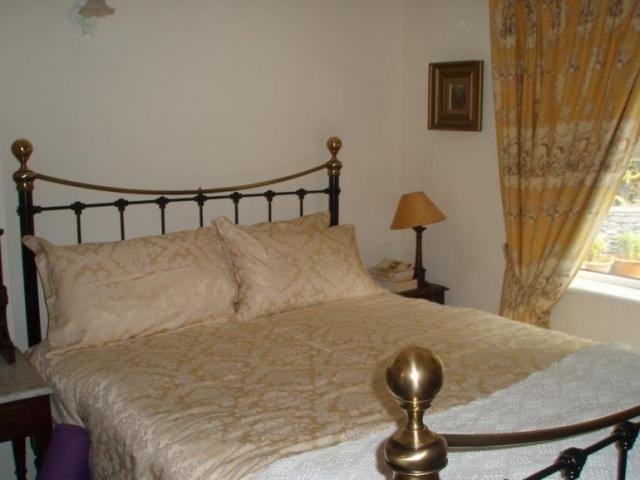 Lakeshore Lodge Killorglin B&B Bedroom 1