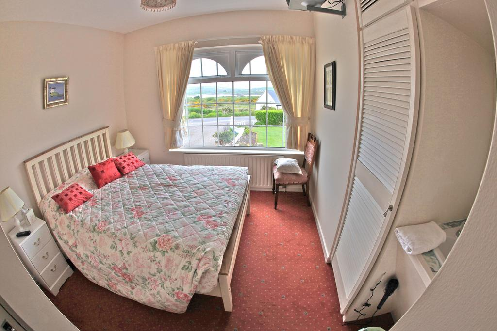 Sea Breeze Cahersiveen B&B Bedroom 1