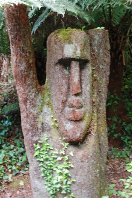 easter island wood sculpture at Kells Bay House