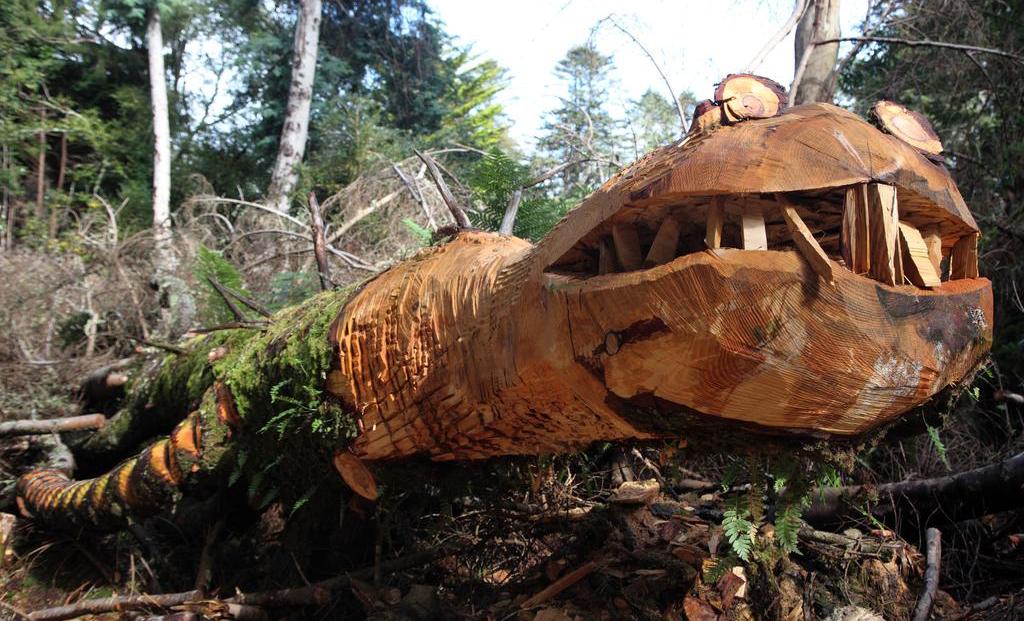 Kells Bay House garden sculpture