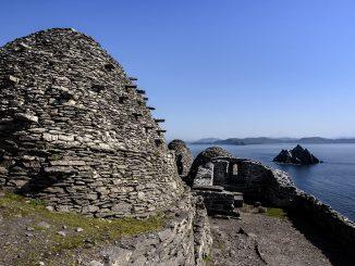 skellig island beehive huts