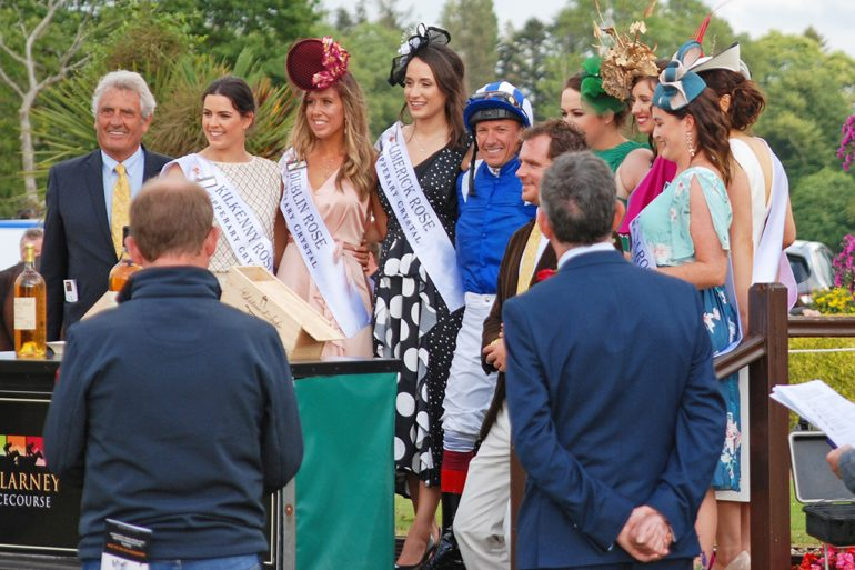 Frankie Dettori with Rose of Tralee contestants