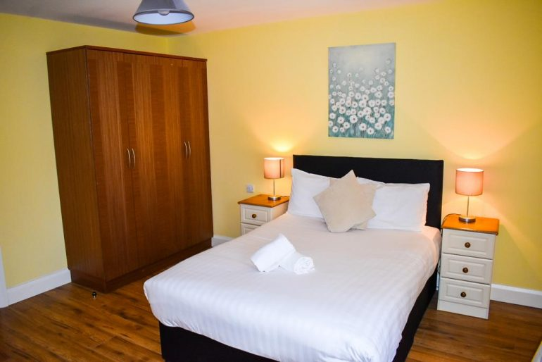 Wild Atlantic Way Apartments Killarney bedroom